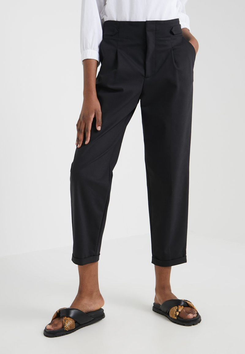 CLOSED - BAY - Trousers - black