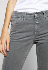 CLOSED - BAKER - Trousers - grey stone - 5