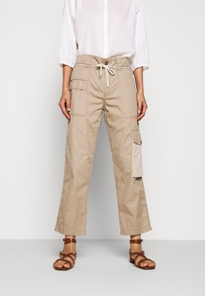 PAULA - Cargo trousers - clay
