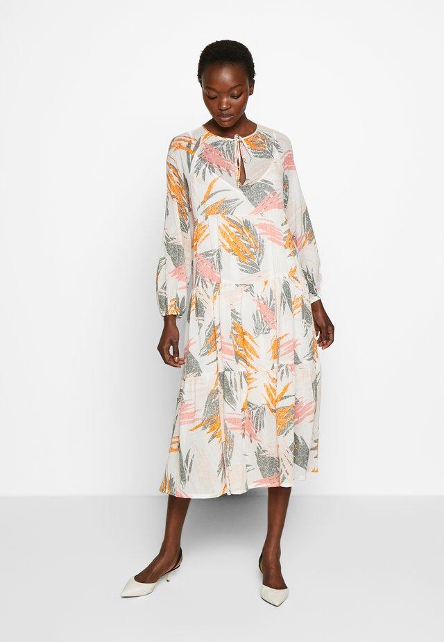 STELLA - Korte jurk - ivory