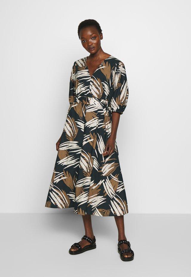 SASHA - Korte jurk - black