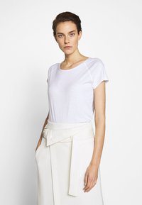 CLOSED - WOMEN´S - Basic T-shirt - white - 0