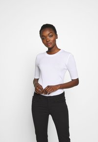 CLOSED - T-shirt basic - white - 0