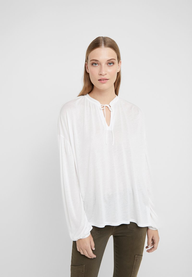 CLOSED - WOMEN´S  - Long sleeved top - ivory