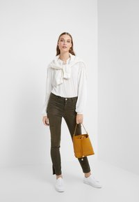 CLOSED - WOMEN´S  - Long sleeved top - ivory - 1