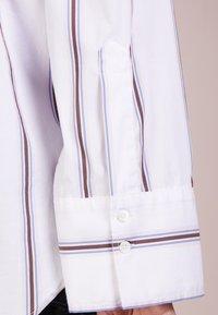 CLOSED - TORI - Hemdbluse - white - 4