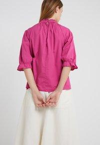 CLOSED - BLOSSOM - Bluse - magenta - 2