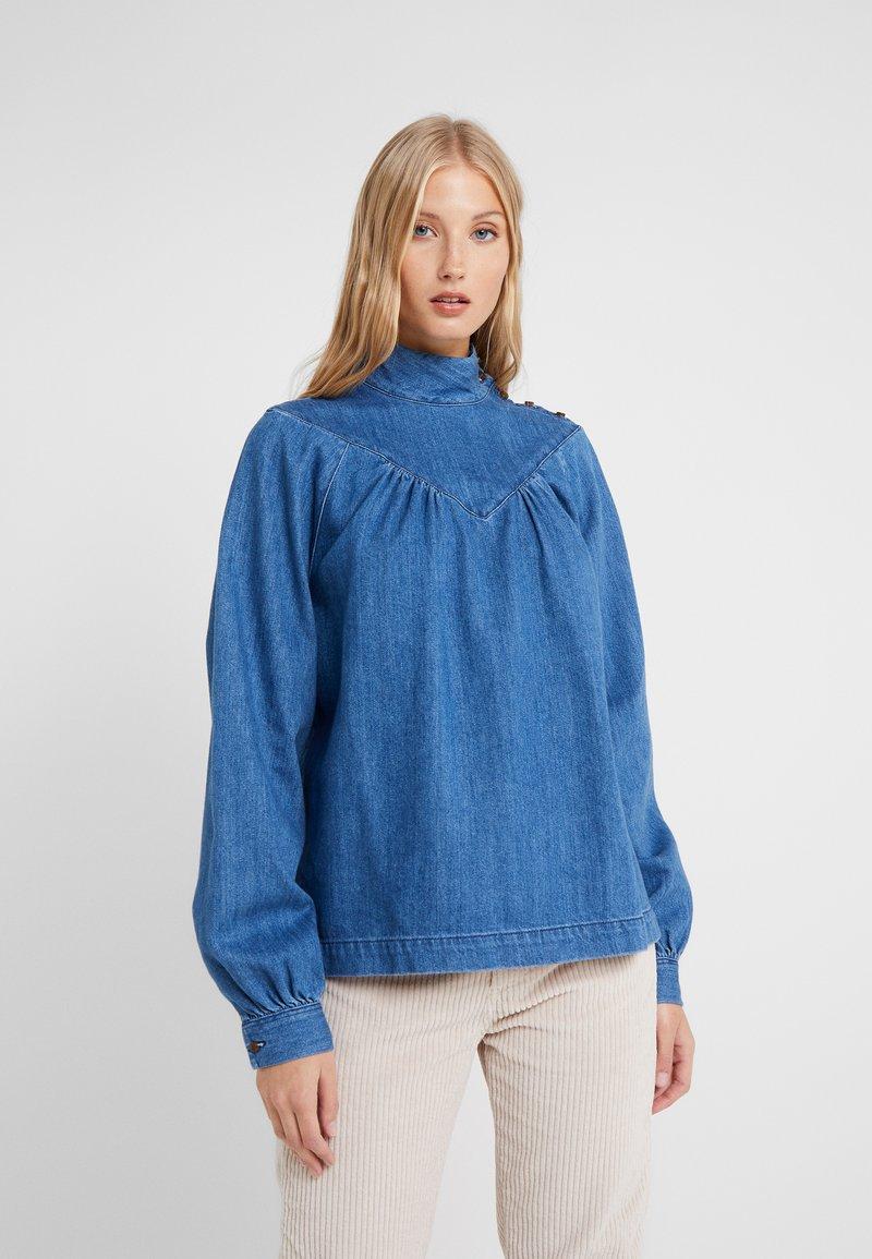 CLOSED - DANNI - Bluse - mid blue