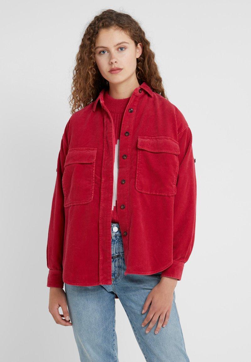 CLOSED - DELLAN - Košile - ruby
