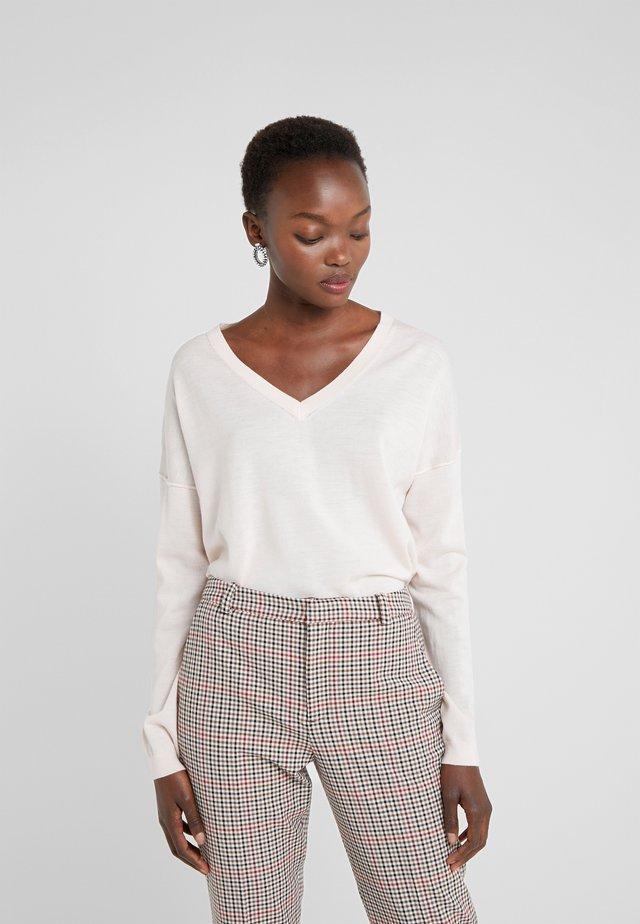 Sweter - peony
