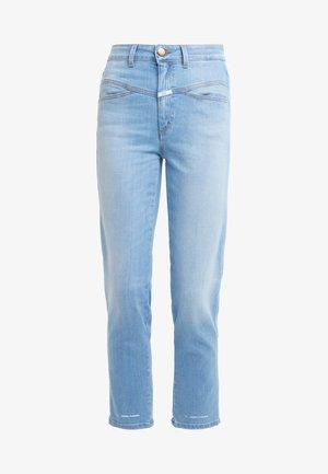 PEDAL PUSHER - Zúžené džíny - light blue