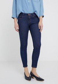 CLOSED - BAKER - Jeans Slim Fit - dark blue - 0