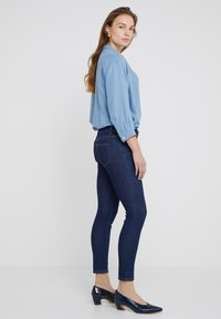 CLOSED - BAKER - Jeans Slim Fit - dark blue - 2