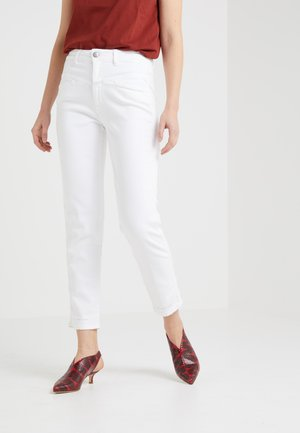 PEDAL PUSHER - Jeans Relaxed Fit - white