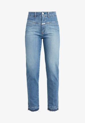 PEDAL PUSHER - Zúžené džíny - mid blue