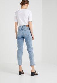 CLOSED - PEDAL PUSHER - Zúžené džíny - mid blue - 2