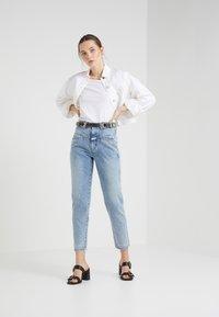 CLOSED - PEDAL PUSHER - Zúžené džíny - mid blue - 1
