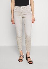 CLOSED - BAKER - Slim fit jeans - lama - 0