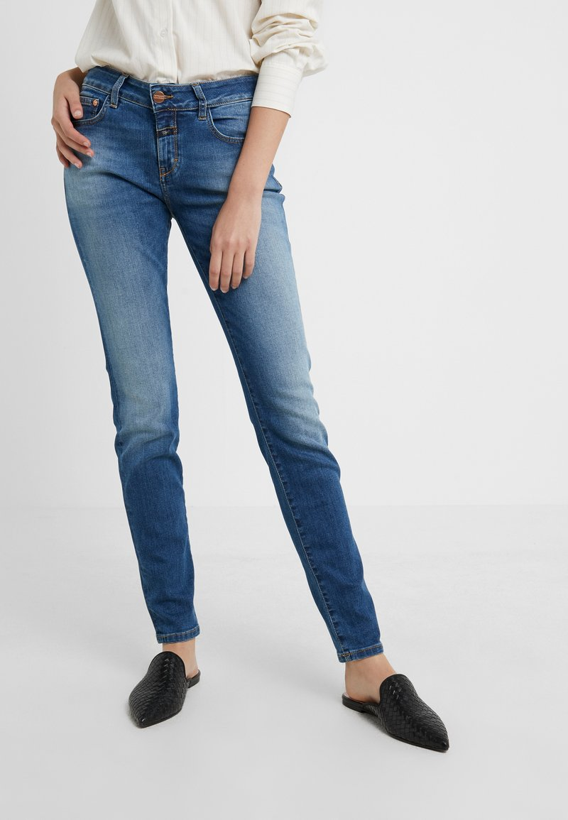 CLOSED - BAKER LONG - Jeans Slim Fit - mid blue