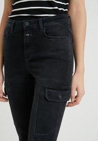 CLOSED - LOTTI - Jeans Slim Fit - black - 4