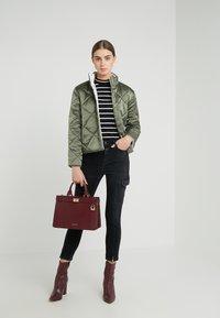 CLOSED - LOTTI - Jeans Slim Fit - black - 1