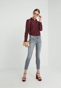 CLOSED - PEDAL - Jeans Slim Fit - light grey - 1