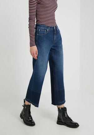 GLOW WIDE - Straight leg jeans - mid blue