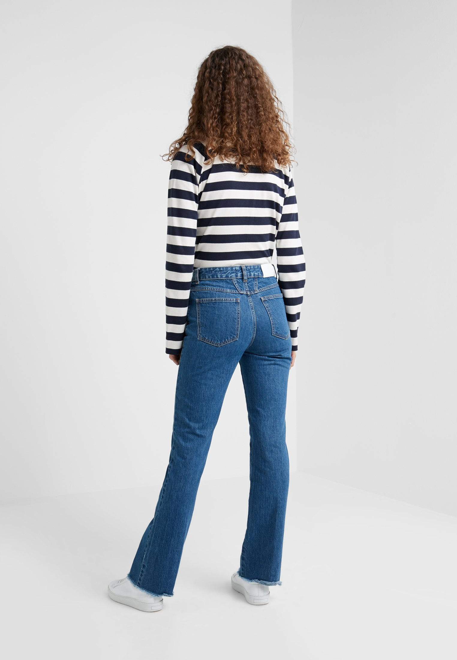 CLOSED LEAF - Jeans a zampa mid blue