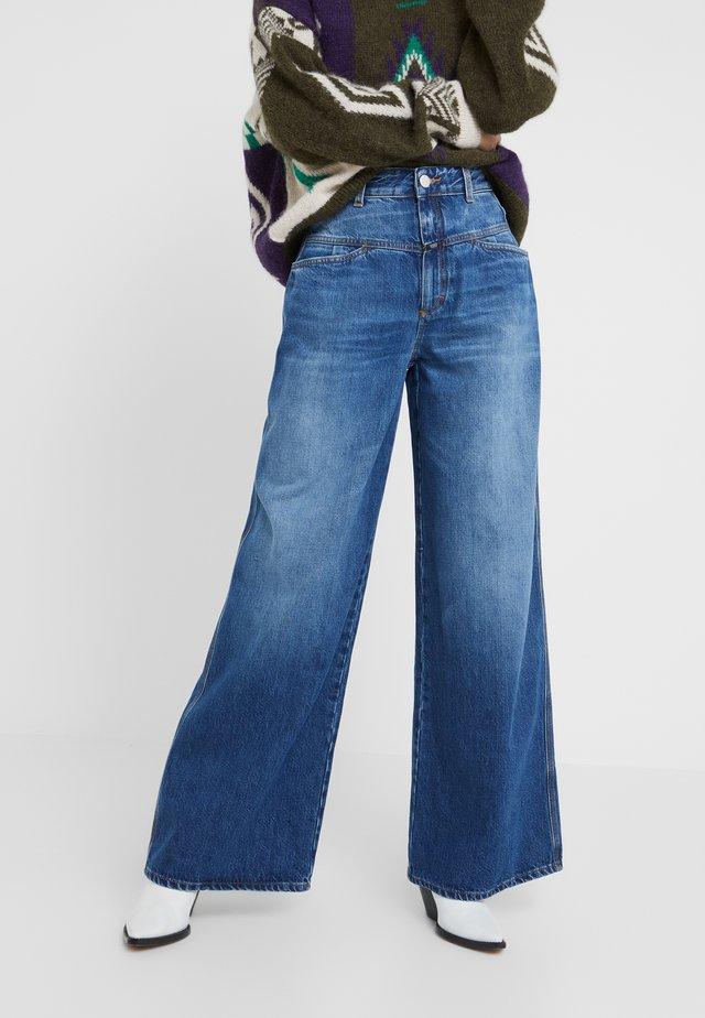 WIDE  - Flared Jeans - blue denim