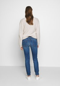 CLOSED - BAKER LONG - Jeans Skinny Fit - mid blue - 2
