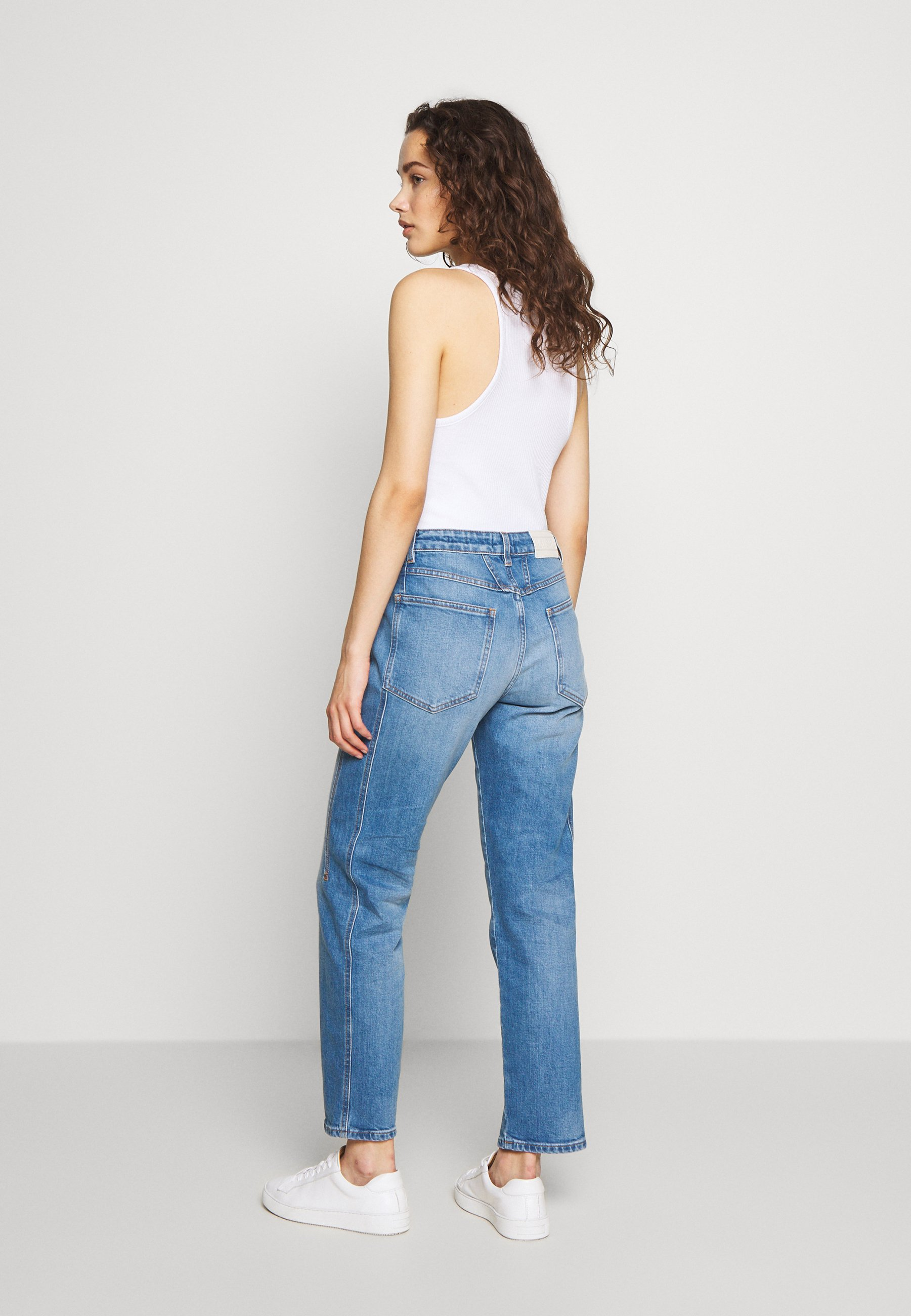 CLOSED CROPPED X - Jeansy Relaxed Fit - mid blue