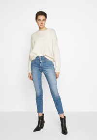 CLOSED - SKINNY PUSHER - Jeans Skinny Fit - blue denim - 1