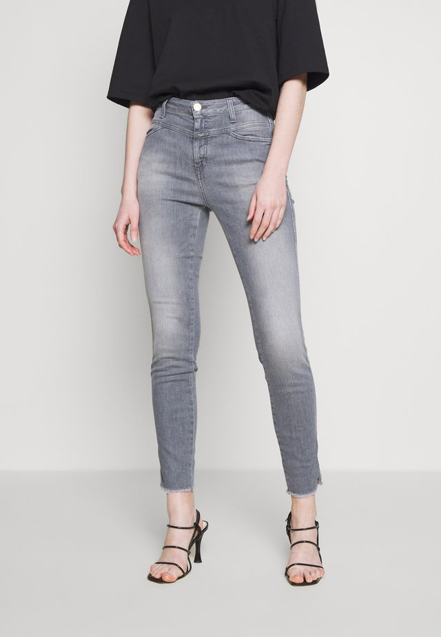 SKINNY PUSHER  HIGH WAIST CROPPED LENGTH - Jeans Skinny Fit - mid grey