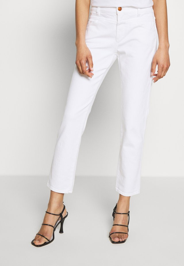 PEDAL QUEEN MID WAIST CROPPED LENGTH - Džíny Slim Fit - white