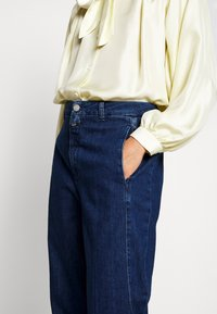 CLOSED - LUDWIG - Straight leg jeans - dark blue
