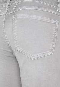 CLOSED - STARLET - Slim fit jeans - grey stone - 2