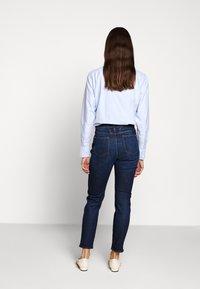 CLOSED - BAKER HIGH - Jeans slim fit - dark blue - 2