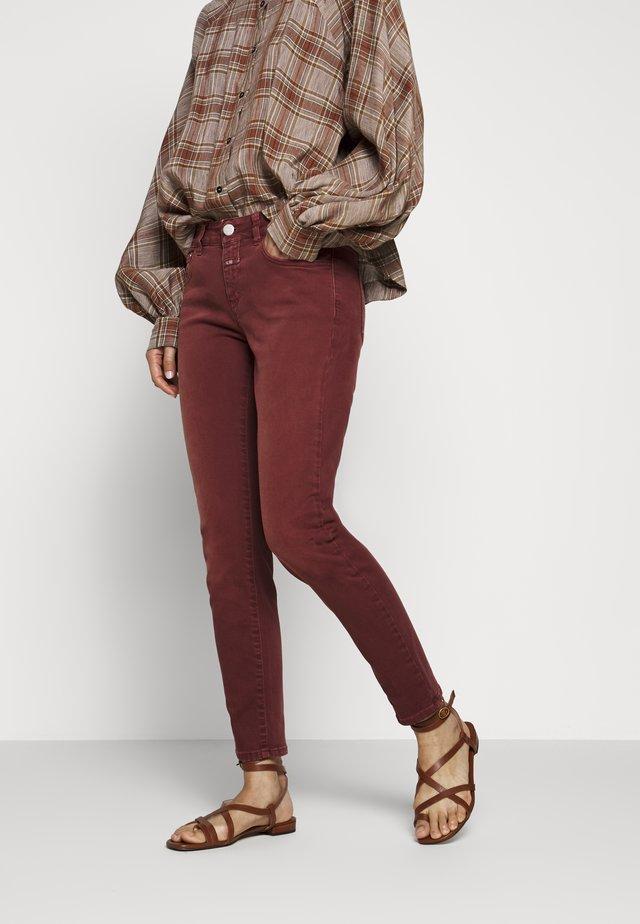 BAKER - Jeans Slim Fit - mahogany