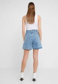 CLOSED - LEXI - Denim shorts - mid blue - 2