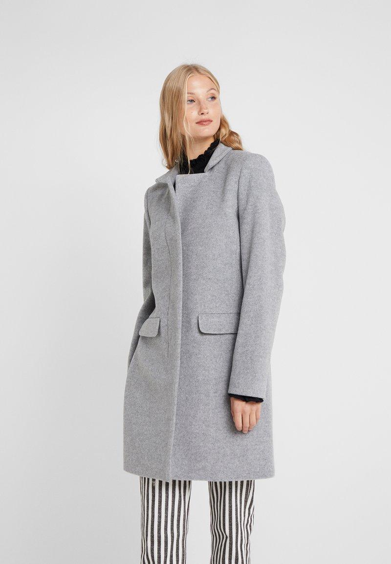CLOSED - PORI - Zimní kabát - platinum
