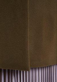 CLOSED - PORI - Cappotto classico - sea tangle - 4