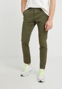 CLOSED - CLIFTON SKINNY - Chino - deep woods - 0