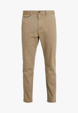 ATELIER CROPPED - Chino kalhoty - tundra