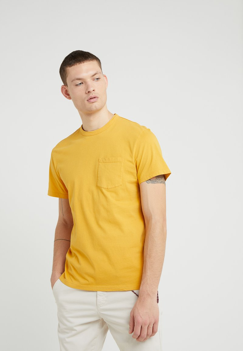 CLOSED - Camiseta básica - dandy lion