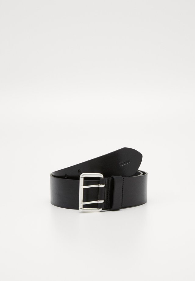 BELT DOUBLE HOLE WIDE - Skärp - black