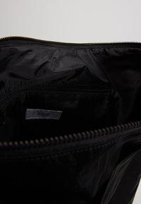 CLOSED - Tote bag - black - 3