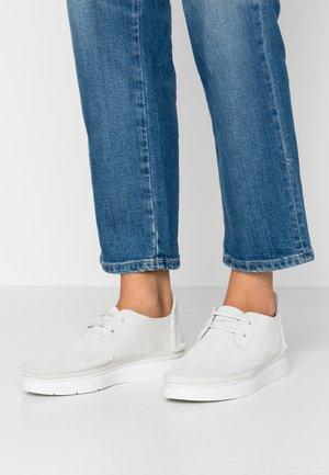 SEVEN - Chaussures à lacets - white