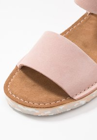 Clarks Originals - LUNAN STRAP - Sandalias - light pink - 2