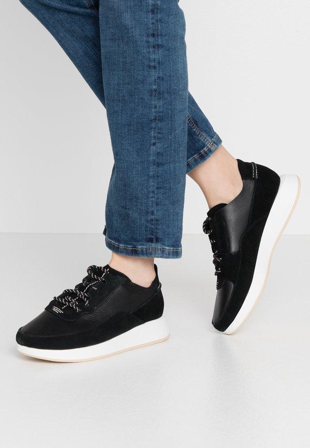 KIOWA PACE - Sneakers laag - black