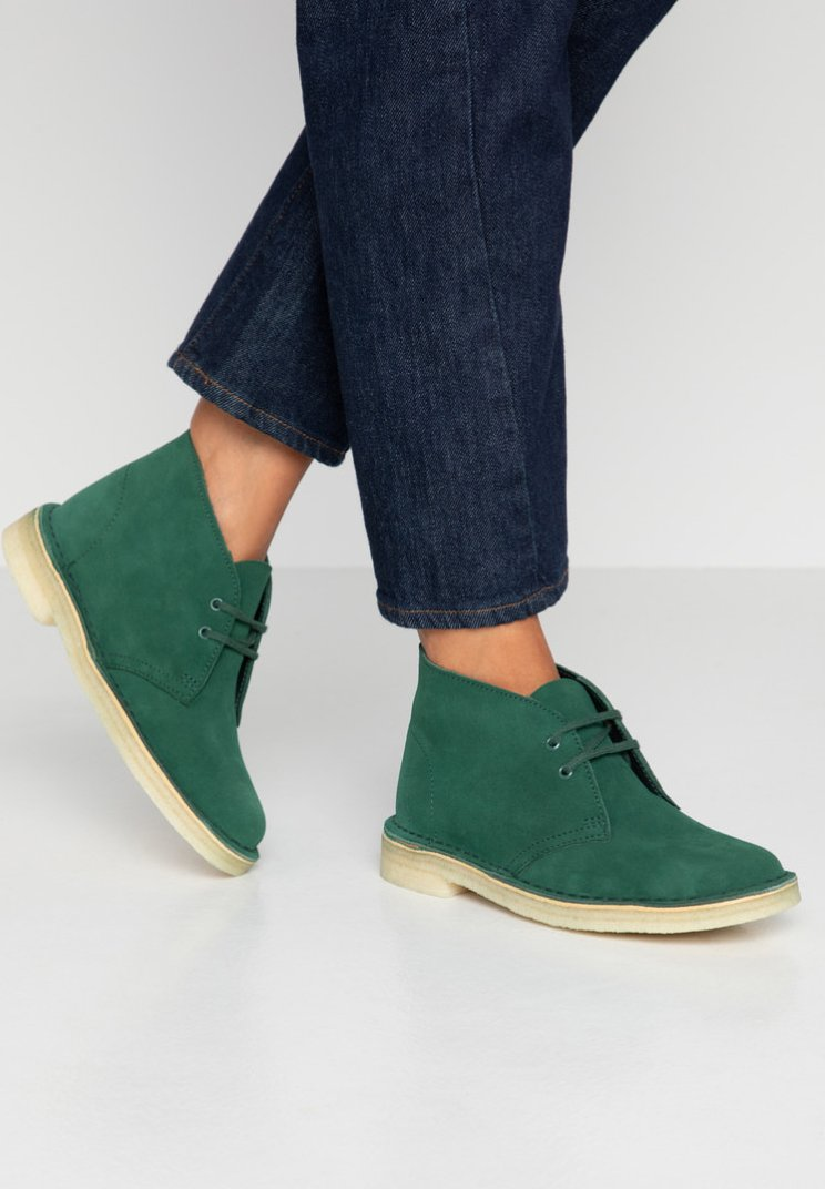 Clarks Originals - DESERT  - Lace-up ankle boots - forest